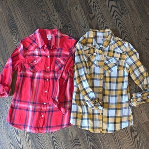 EUC bundle flannel tops